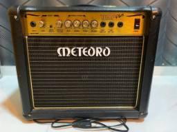 Vendo amplificador de guitarra meteoro