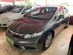 Honda Civic 2014 Automático. Troca e Financia