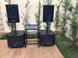 Som profissional para eventos - caixa e mesa de som