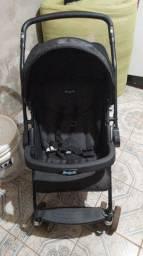 Carrinho de bebê e bebê conforto 550,00