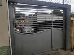 Vende-se Portão em ferro galvanizado