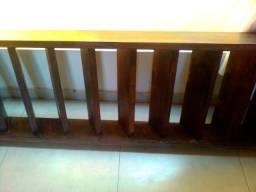 Vendo Escada de Madeira Angelim Pedra