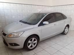 Ford focus sedan 2010/2011