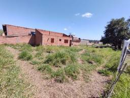 Terreno com 550 m²