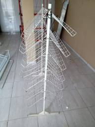 Arara expositor de mercadorias três peças por R$ 60,00 reais