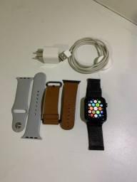 Título do anúncio: Apple Watch 42 mm novíssimo