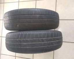 Jogo de pneus usado