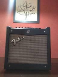 Vendo ou troco Amplificador Fender Mustang I , aceito propostas