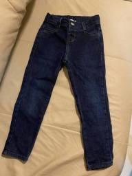 Título do anúncio: Calça jeans (4 anos)