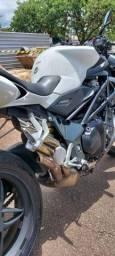 Cano esportivo MV Agusta 1090 r