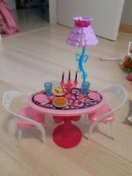 Mesa de jantar Barbie