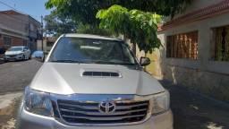 Toyota Hilux Automática SRV 2013 4X4 Completa Único Dono