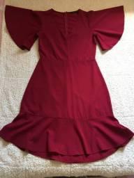 Vestido na cor Bordô TAM: M