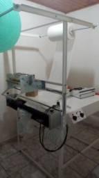 Vendo maquina de fabricar fraldas