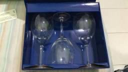 Desmanche de Coleção Coca-Cola/Caixa c 3 taças de cristal, promocional Água Bonaqua-NOVOS