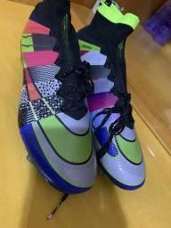 Chuteira Nike Mercurial 2 linha
