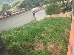 Terreno de 200 M2 na Rua Maria Geralda dos Santos, Bairro Santa Rosa, Itajubá - MG