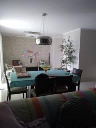 Vendo belíssimo apartamento próximo ao Parque Flamboyant