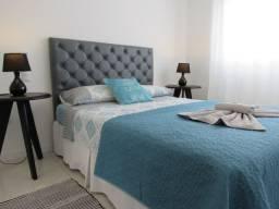 Apartamento TOP em Canasvieiras, 1 quarto com piscina e garagem. Whats: *