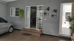 Título do anúncio: Belíssima casa, 3 quartos, 3 vagas, espaço gourmet