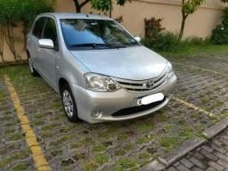 Toyota Etios xs 1.3 completo bx km - 2010