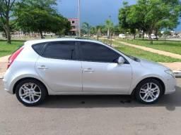Hyundai i30 2.0 Aut + teto solar + couro - 2011