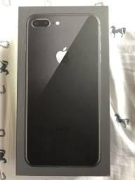 IPhone 8 Plus 64GB cor preta