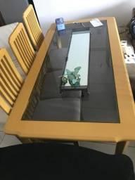 Mesa MDF com vidro e 6 cadeiras estofadas