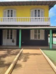 Residência Comercial Centro, 4 qtos, quintal amplo, Macaé/RJ