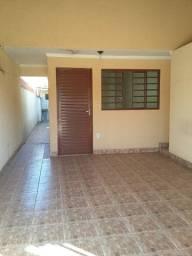 Alugo casa, 02 quartos, no Setor Andreia Cristina em Goiânia/GO