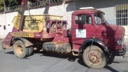 Empresa Caminhão Poliguindaste