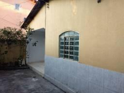 Casa, Jardim Esmeraldas 2/4 entre os correios e unifan R$ 1.100 sem burocracia!