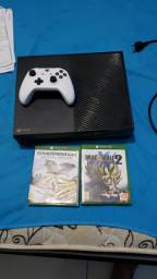 Xbox One 300 GB Semi novo