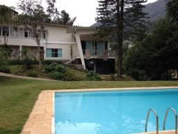 Alugo linda casa no Alto em Teresópolis/Rj