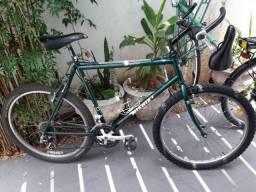 Bicicleta Nishiki Expedition em aço Cromoly