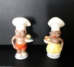Saleiro e Pimenteiro (Salt+Pepper Vintage Black American Shakers)