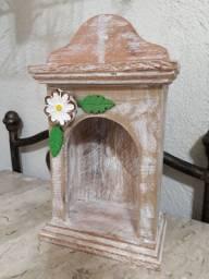Oratório madeira de demolição