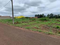 Terreno no residencial Astória, com 250 metros à venda. R$ 60.000,00