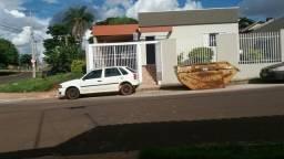 Vendo casa pertinho UEMS com terreno na lateral