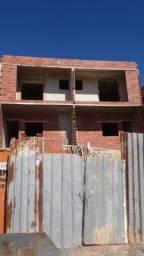Título do anúncio: Edinaldo Santos - Casa duplex 2/4 e vagas de garagem no Jardim Sta Isabel em Nova Era