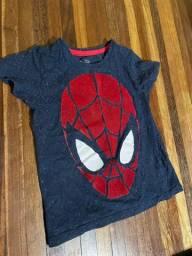 05 conjuntos + 02 camisas e 01 sapatinho