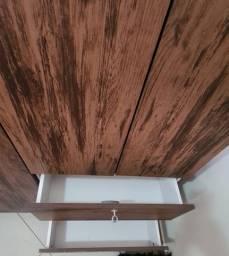Armário de madeira MDF