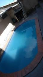 Alugo Casa no Manoa com 2 quartos e Piscina valor: 1.300 Reais