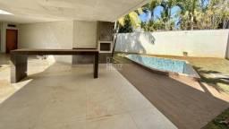 Título do anúncio: Casa com 3 suítes + 1 escritório suíte à venda, 336 m² por R$ 3.150.000 - Jardins Paris -