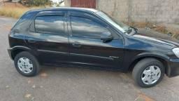 Chevrolet Celta 1.0 Flex completo e segurado