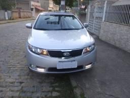 Carro Kia Cerato 1.6 16V Automático 2013