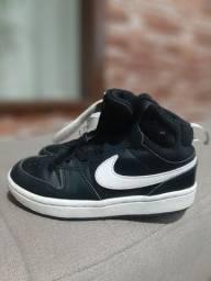 Vendo tênis basqueteira  Nike  original  usado poucas vezes