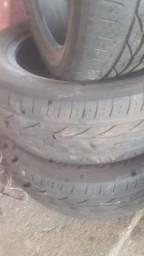 Vendo 3 pneus semi novos valor 1.000 reais