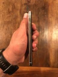 Título do anúncio: IPhone X 256gb  branco, acompanha caixa, fone e carregador + 2 capinhas, estado de novo.