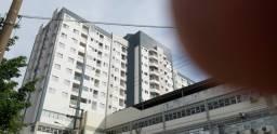 Alugo apartamento edificio Torres do Parque no Parque do Povo